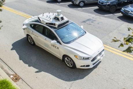 美国交通安全局开展试点项目 无人驾驶有望驶入快车道