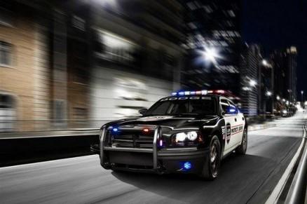 中国科学家研发出智能警车,不仅能无灯光驾驶还能精准识别人脸