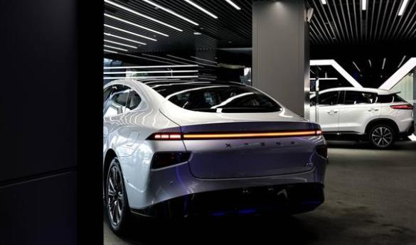 小鹏汽车自动驾驶产品负责人黄鑫:小鹏 P7的自动驾驶