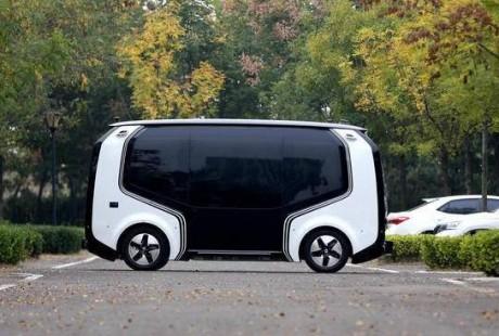 山东首个园区内载人无人驾驶项目青岛试运营